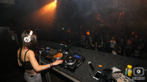 2018-06-16-coredoom-xl-lady-dammage-solo-party-time-out-img_5331