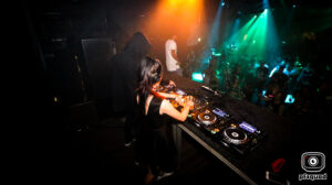 2018-06-16-coredoom-xl-lady-dammage-solo-party-time-out-img_5366